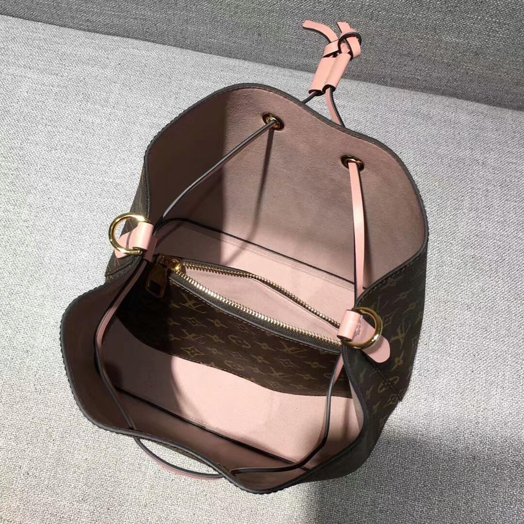 广州包包批发市场 LV桶包44020 结实耐用 肩带可调