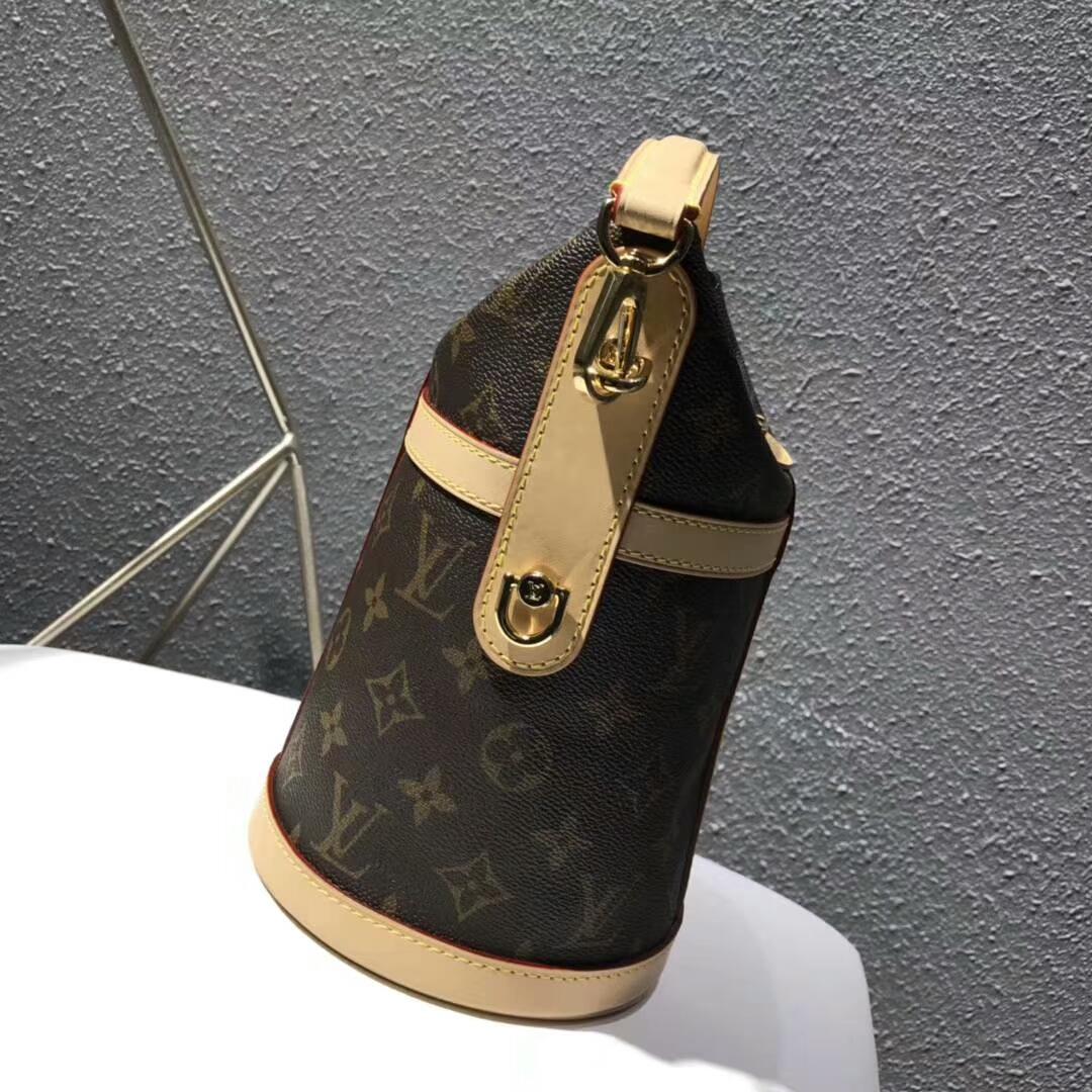LV复古包包 LV桶包复古简约大气62789 时尚感十足