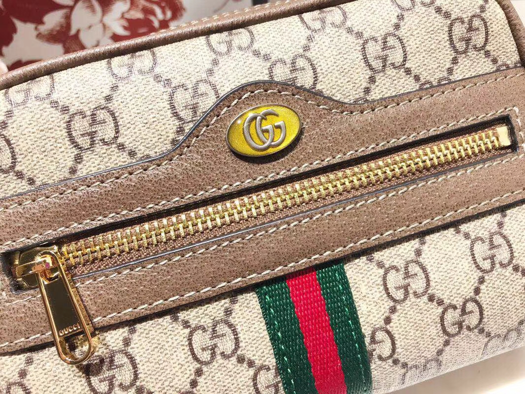 GUCCI全新系列搭配 Ophidia 517076 腰包,经典搭配复古风潮,配全套包装礼盒 17.5×12×5.5cm
