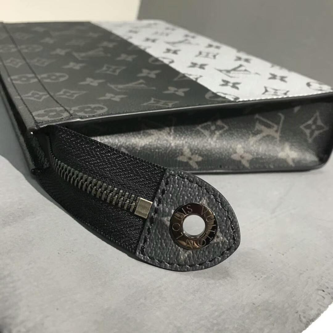 路易威登男包 LV男士经典老花手包61669 全新标志性黑灰拼银灰