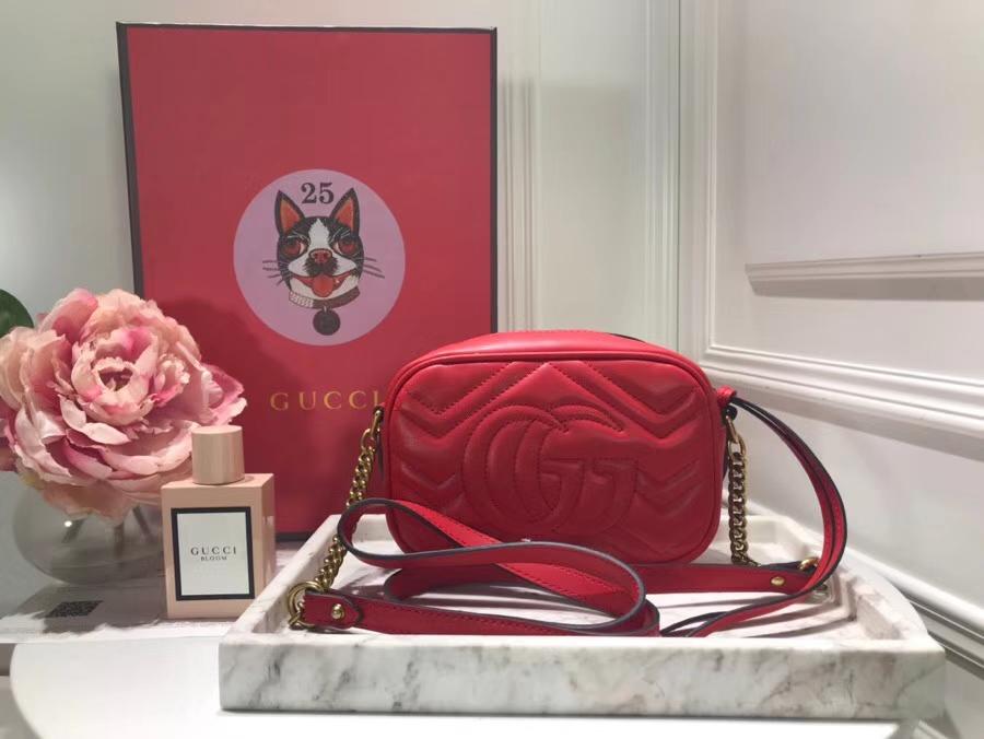 GUCCI最新 Marmont 绗缝链条包 448065 红色 链带波浪纹肩背包 牛皮面料尽显时尚魅力 明星最新爱宠小包当道 18cm
