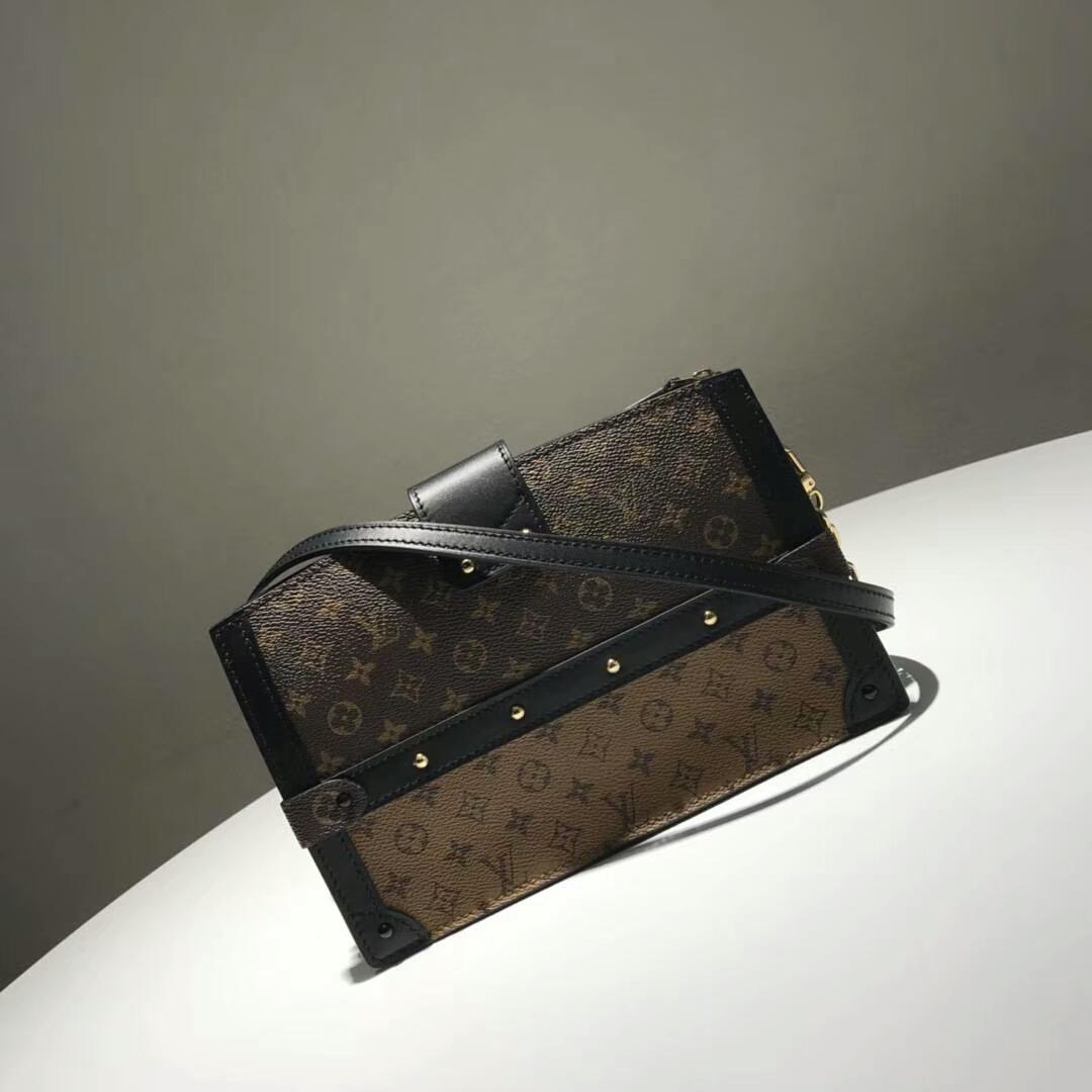 路易威登包包 LV复古设计软盒子 轻身容量大 老花