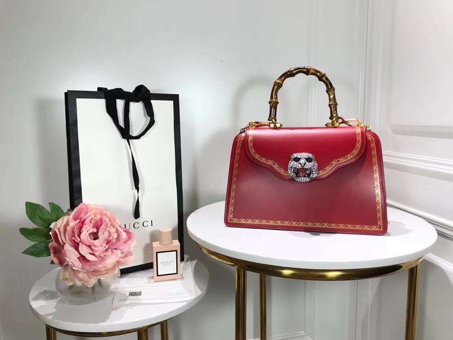Gucci 专柜新款来袭熠熠生辉的水晶和虎头缀饰 495881 红色 绰约风姿从指间流露 30×21×13cm