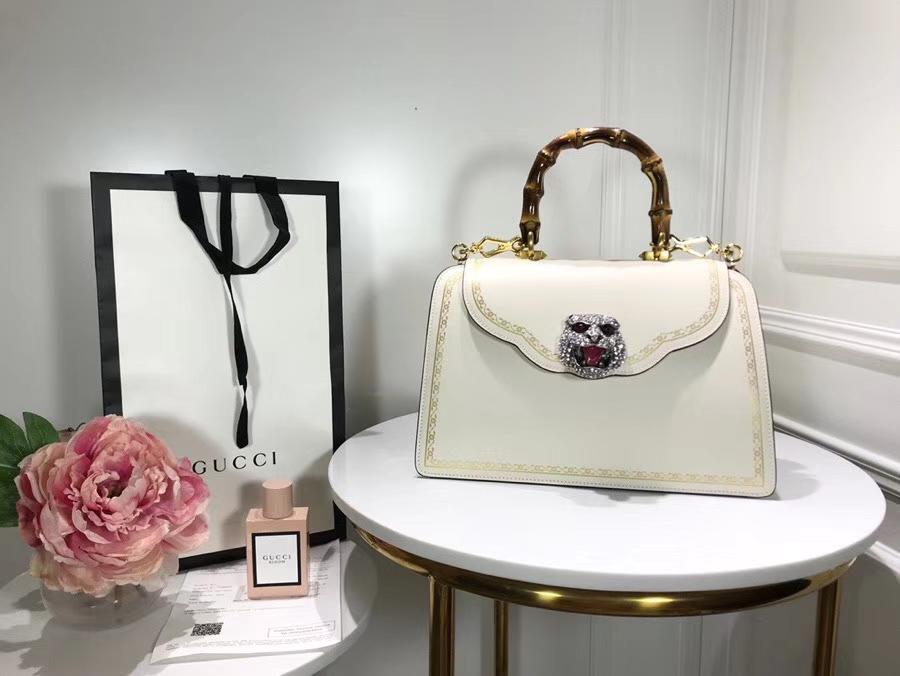 Gucci 专柜新款来袭熠熠生辉的水晶和虎头缀饰 495881 白色 绰约风姿从指间流露 30×21×13cm