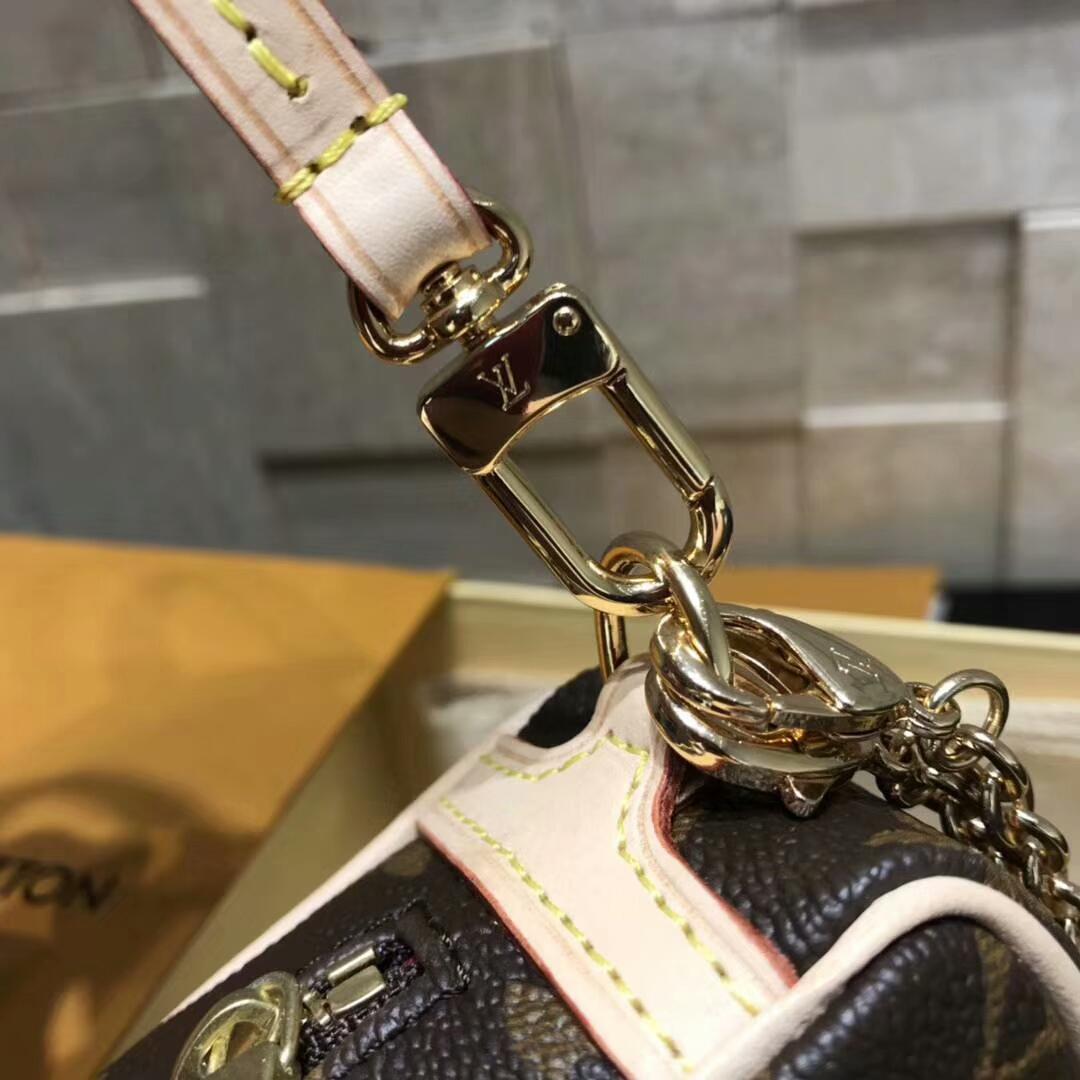 路易威登官网 新潮零钱包40736 有配链子肩带可斜跨