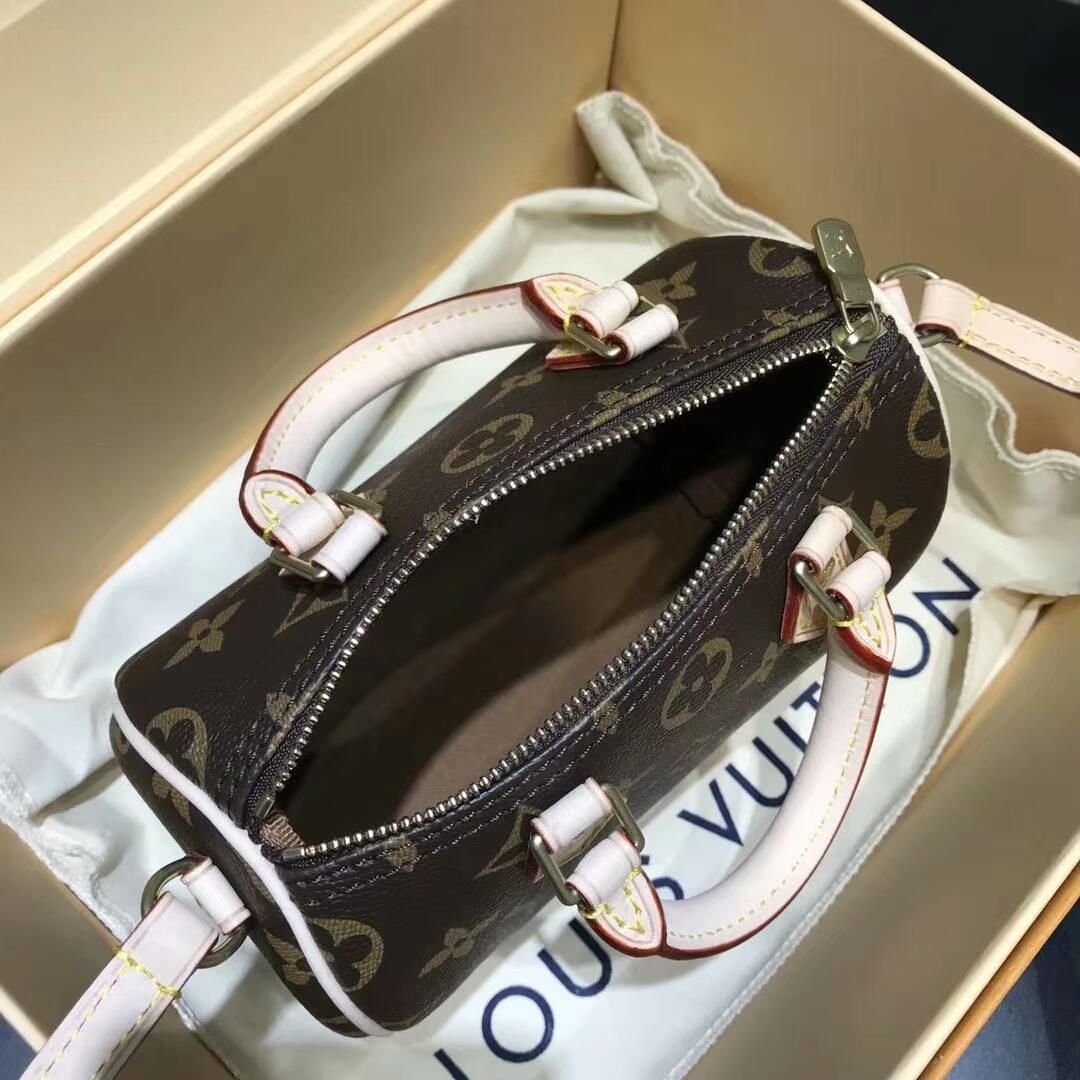 路易威登包包 唐嫣同款经典老花笑枕头包61252 全钢五金 进口白皮