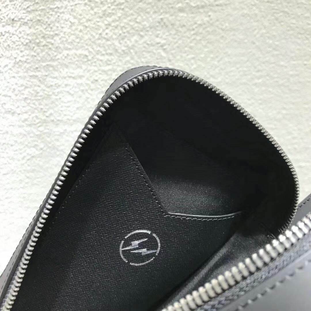 LV男包 全拉链开合连侧手带手拿包61872 时尚且实用