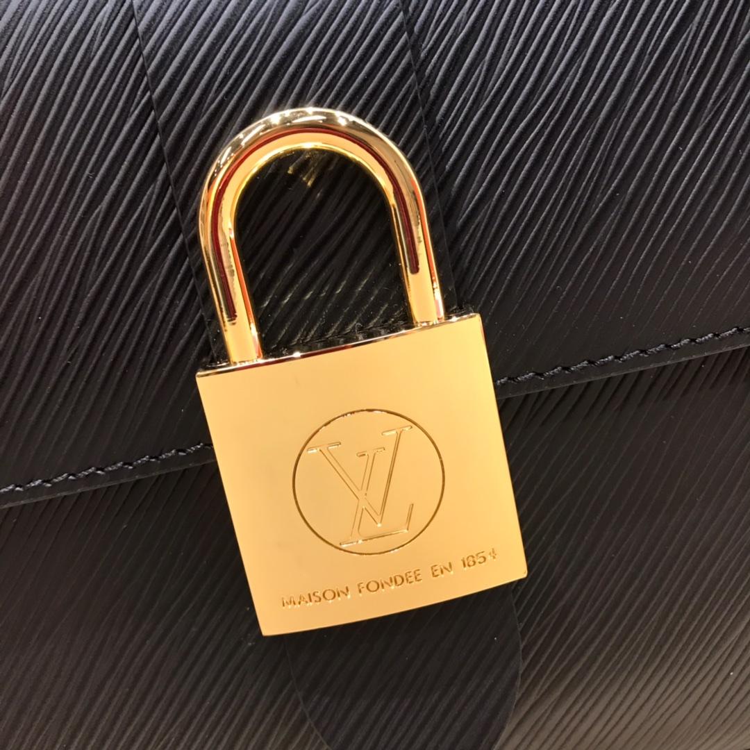 路易威登官网 最新Locky小邮差包水波纹44321 很有质感的五金锁