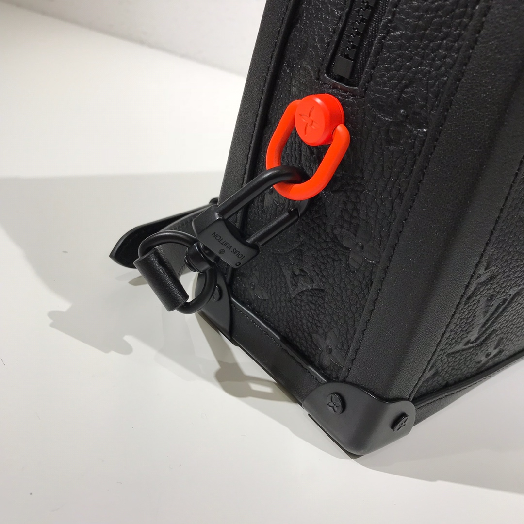 LV包包批发 设计师Virgil Abloh首发单品盒子44427 时尚好看