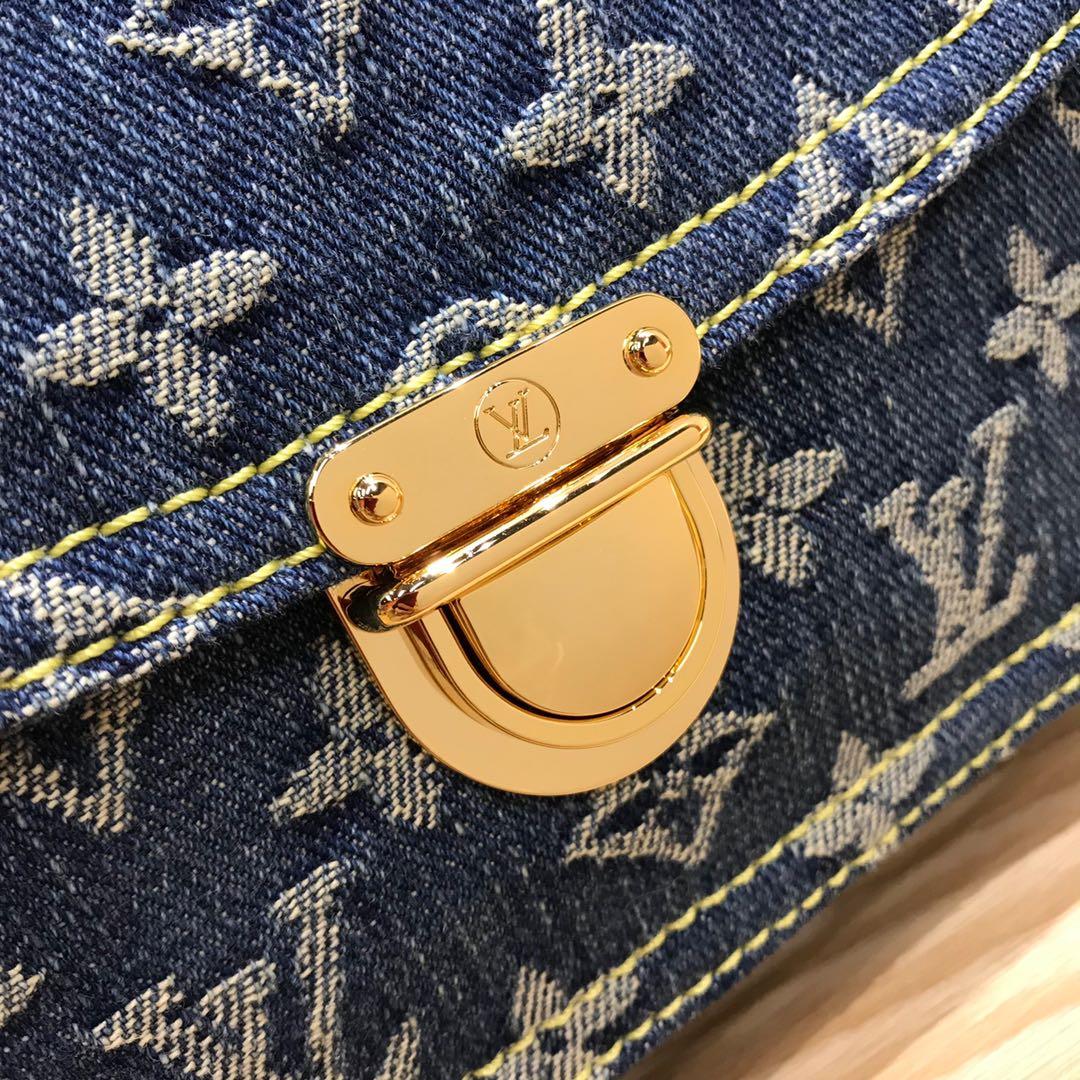 路易威登官网 LV牛仔系列中古绝版限量款腰包44466 无论怎么搭配都超有范