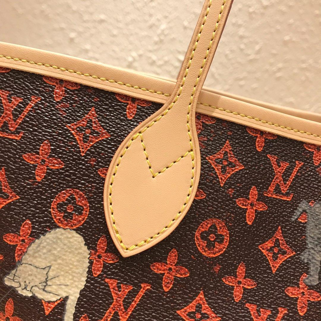路易威登官网 2019早春限量猫咪系列购物袋44441 结合驴家标志性Monogram成为全新的Catogram