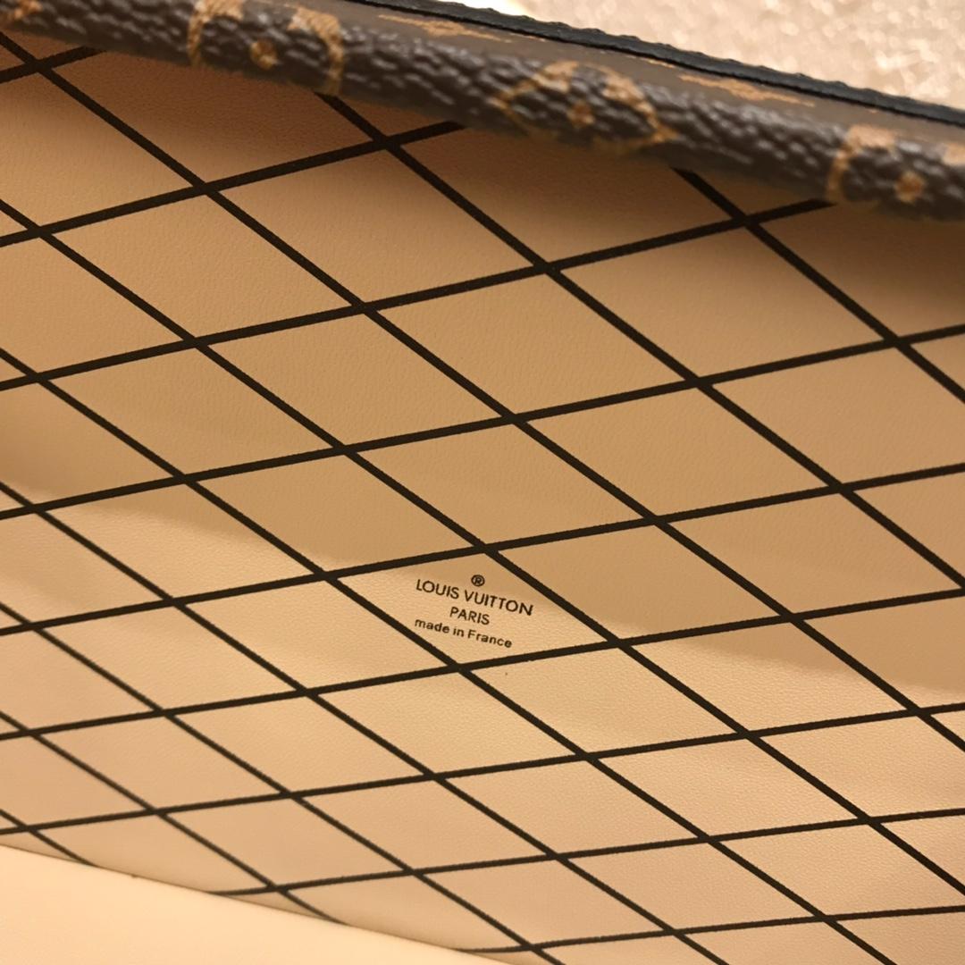 广州白云皮具城 V家百年经典小箱子44154 新颜色编织白 不单是经典更是艺术