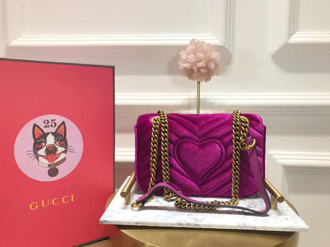 GUCCI(古驰)Marmont 羽毛刺绣条包 446744 紫红色 天鹅丝绒 时尚博主名模明星最新爱宠小包 22cm