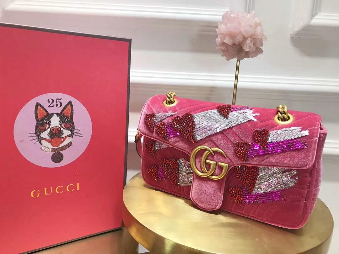 GUCCI(古驰)Marmont特别系列手袋 443497 深粉色 闪亮的金属感亮片刺绣 26cm