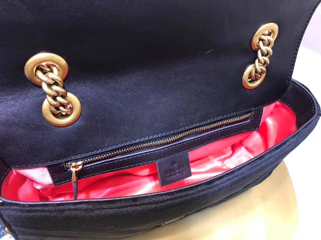 GUCCI(古驰)最新Marmont 绗缝波浪纹链条包 443497 黑色 天鹅丝绒 时尚博主名模明星新爱宠小包 26cm