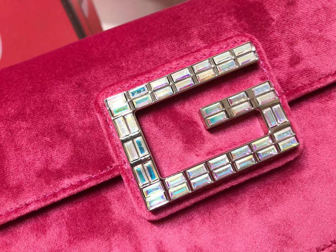 GUCCI(古驰)新款超mini丝绒链条包手包 544242 玫红色 丝绒搭配经典G造型加入闪亮水晶 奢华 闪耀