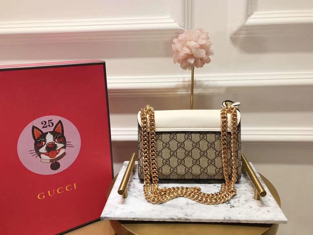 GUCCI(古驰)Padlock 409487 复古色配白色 经典蜜蜂系列展现温婉动人 甜蜜特别的创意 20×15.5×5cm