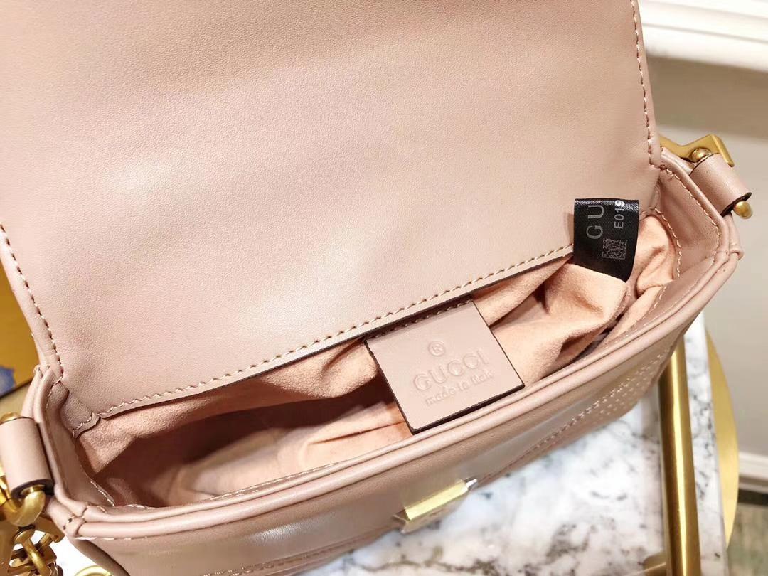 GUCCI(古驰)强势来袭mini号新款 547260 藕粉色 顶级牛皮 特色sylvie 大盖头 21×15.5×8cm