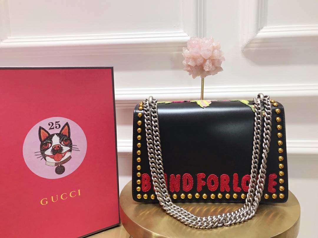 GUCCI(古驰)限量款 400249 黑色 BOX抛光皮上刺绣红色玫瑰 驾驭女王范儿 28×17×9cm
