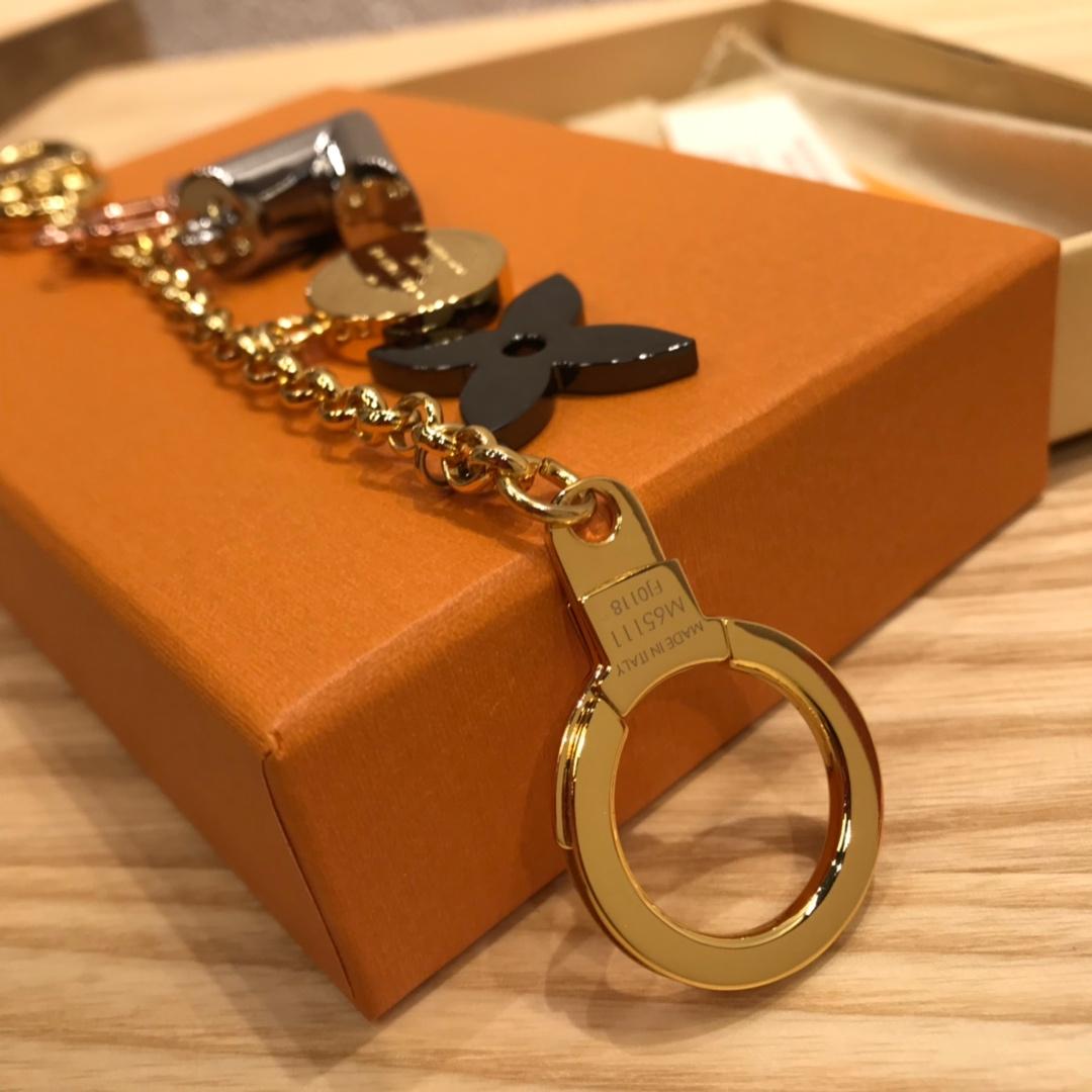 广州白云皮具城 LV包包配饰V锁长链2266 让你的包包瞬间出彩