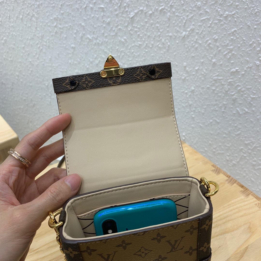 路易威登官网 手机最佳Partner手机包44184 容量足放三部 包型俏皮有个性