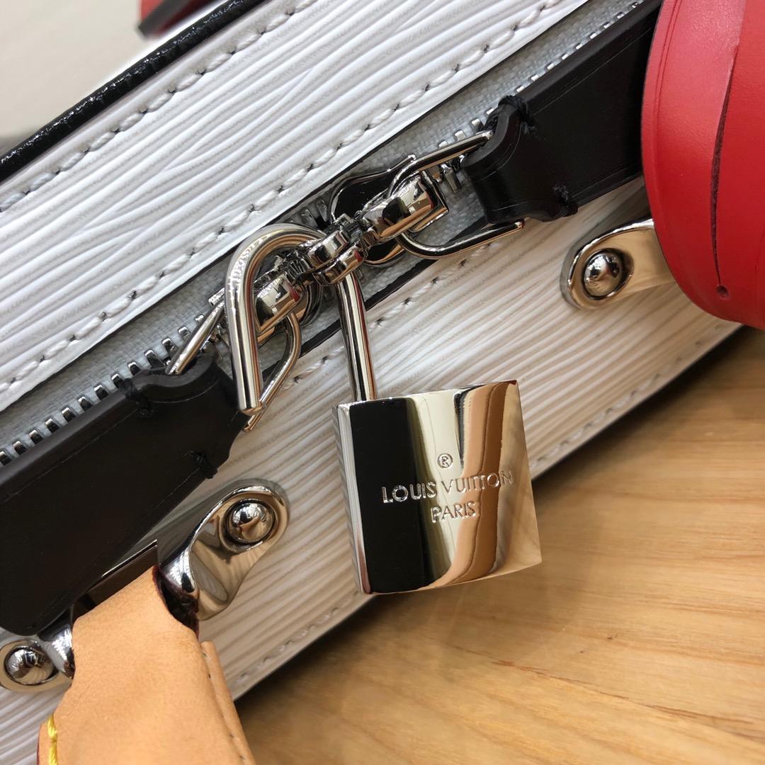 广州包包批发 Mini Luggage最新44583 时尚百搭 小巧可爱