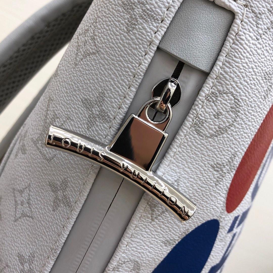 路易威登男包 早秋系列背包44616 时尚度实用性超高