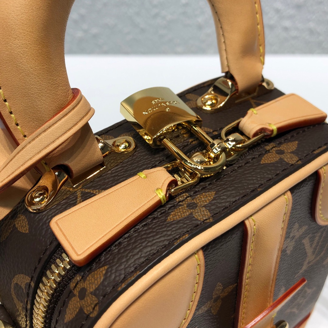 路易威登官网 Mimi Luggage再缩小版44587 帅气精致