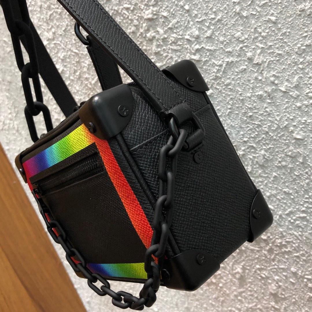 路易威登包包 软盒子小号新颜色44435 彩印七彩 阳光帅气十足