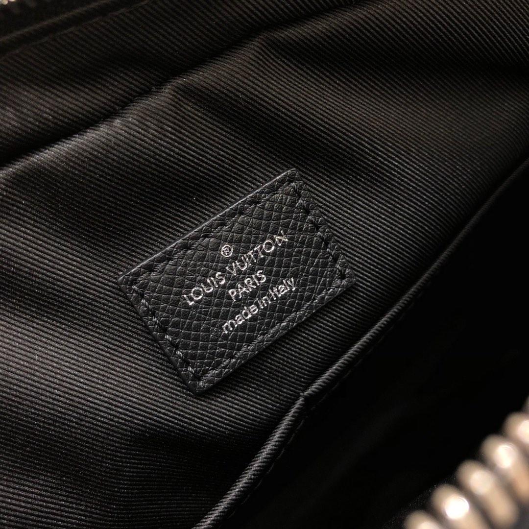 LV男包 男款最新版45959 简洁百搭实用 精干男孩的必备单品