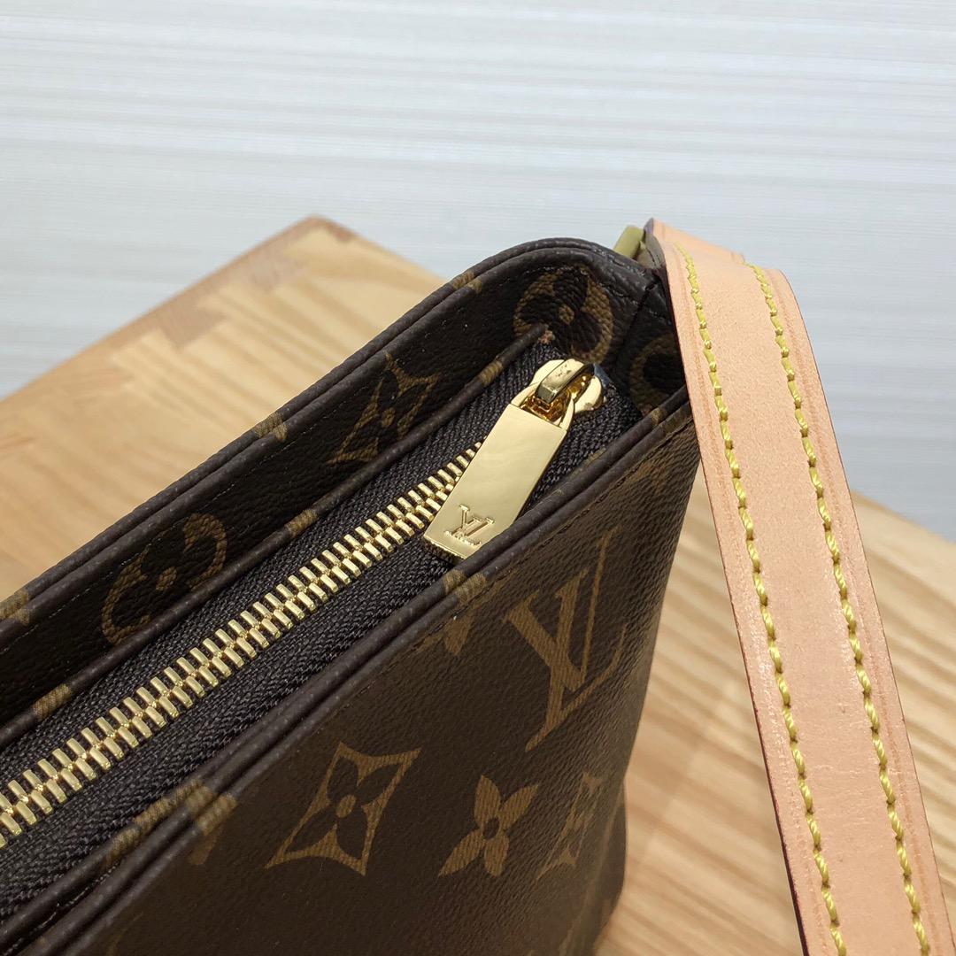 广州白云皮具城 LV经典版挎包50716 调皮可爱且独特的风格设计