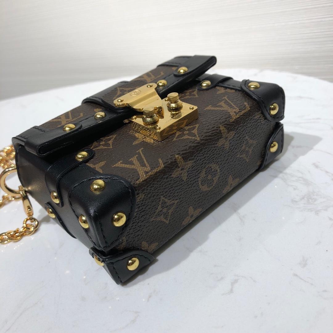 LV包包爆款 mini小箱包44180 全钢亮金五金 搭配长链条更显精致