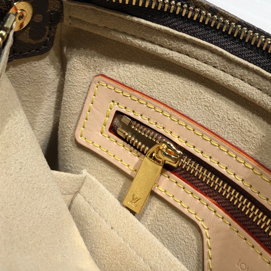 广州白云皮具城 LV中古手提包45439 古董级的Vintage 古味十足