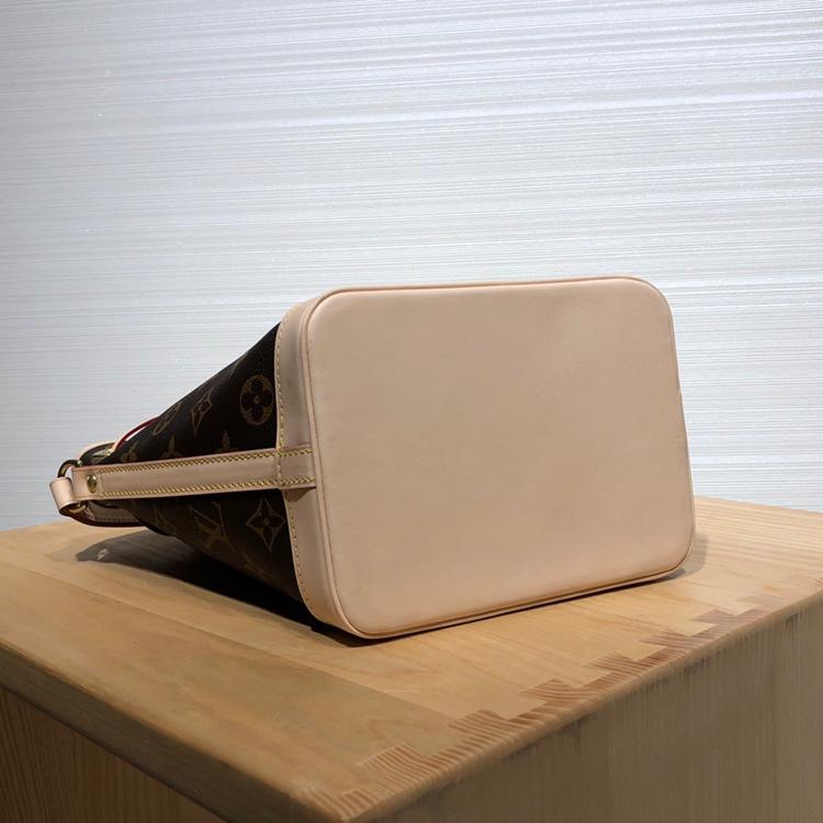 LV包包 中古mini版水桶包41348 经典水桶众所周知 好看又好背