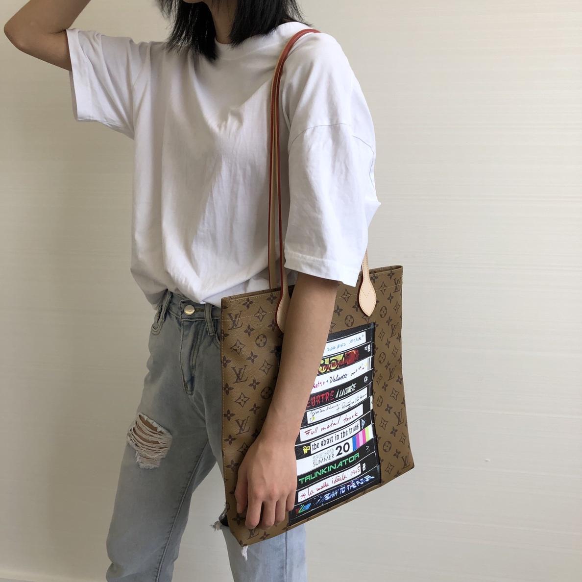 LVss2020年春夏新款 Tote磁带元素肩背包50136 包型实用个性新潮