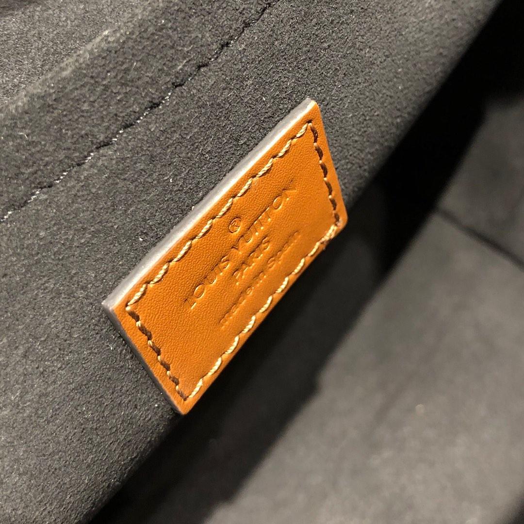 路易威登官网 LV2020春夏新品双肩背包50145 干练休闲易搭配
