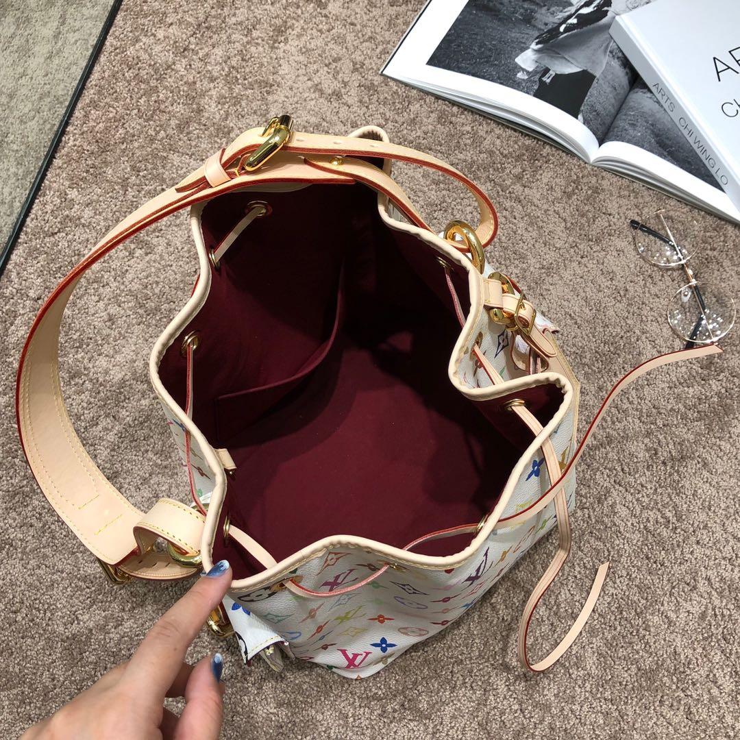 广州包包工厂 绝版三彩桶包67768 内里是很美的红丝绒 极具收藏价值