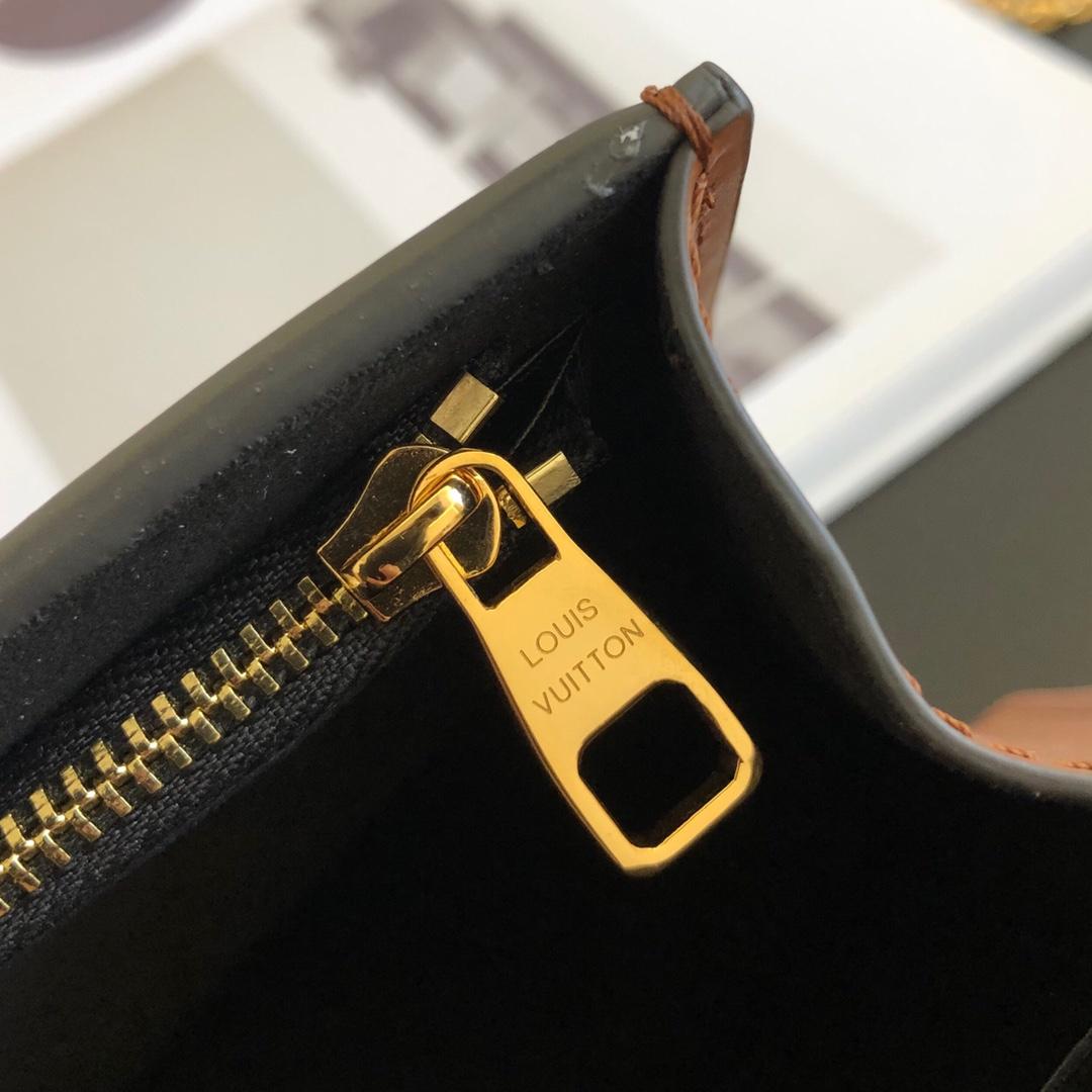 LV包包厂家 最新单肩包腋下包44172 配两条带子 随风格搭配 时尚控必入